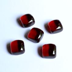 Glasnuggets Würfel im Netz rot