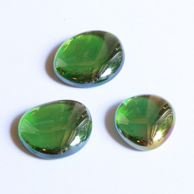 Glasnuggets grün irisierend 30mm