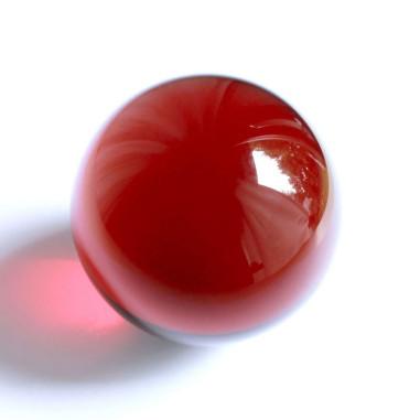Kristallglaskugel rot
